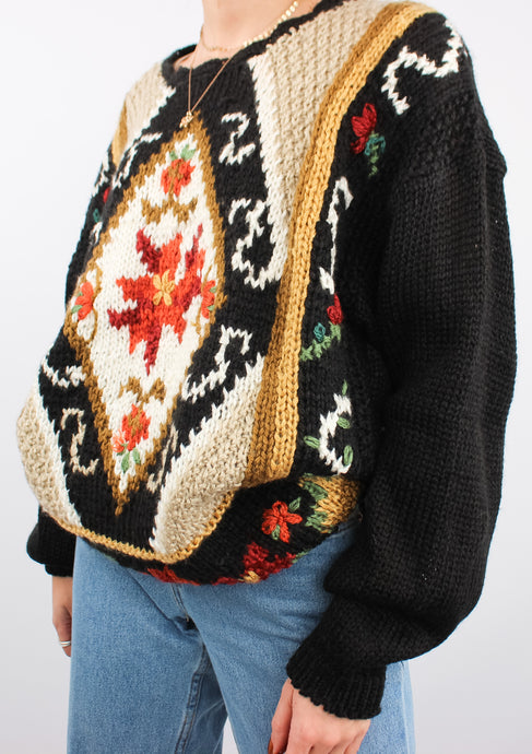 VINTAGE BLACK FLORAL KNIT SWEATER (L)