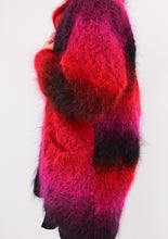 Load image into Gallery viewer, VINTAGE PINK MOHAIR JACKET (S, M)
