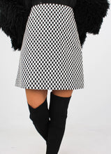Load image into Gallery viewer, VINTAGE CHECKERED MINI SKIRT (L)