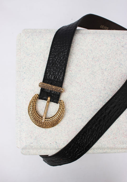 VINTAGE TEXTURED LEATHER BLACK & GOLD BELT (S, M)