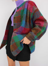 Load image into Gallery viewer, VINTAGE COLOURFUL PLAID WOOL COAT (M)