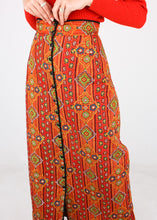 Load image into Gallery viewer, VINTAGE QUILTED PATTERNED SKIRT (S)