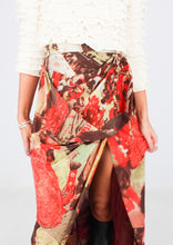 Load image into Gallery viewer, MOSCHINO COUTURE SILK PATTERNED SKIRT (XS)
