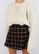 Load image into Gallery viewer, VINTAGE BURBERRY WOOL PLAID SKORT (S)