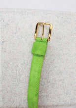 Load image into Gallery viewer, VINTAGE BRIGHT GREEN LEATHER SNAKESKIN BELT (M)