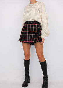 VINTAGE BURBERRY WOOL PLAID SKORT (S)