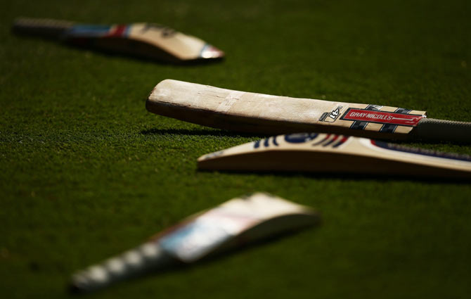 Your Personal Guide to Cricket Bat Sizes
