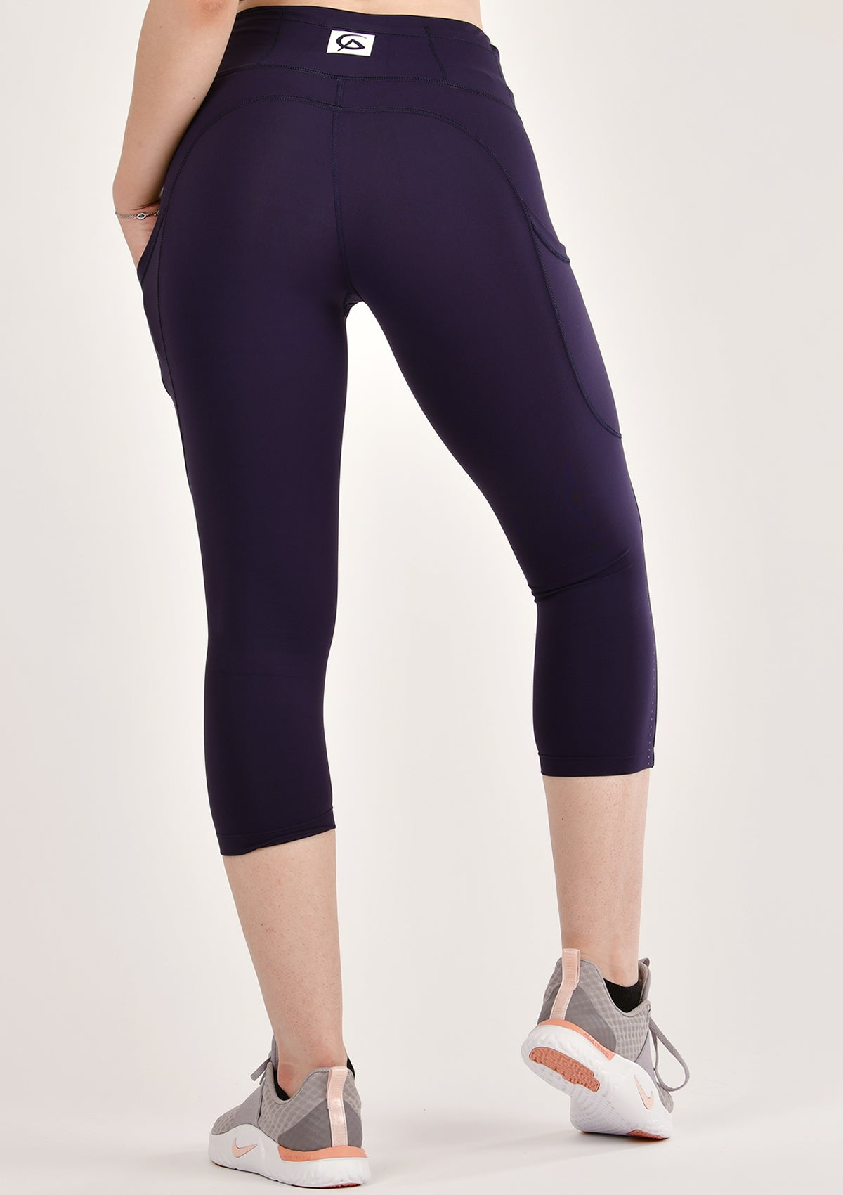 Alure Navy Blue Cropped Leggings