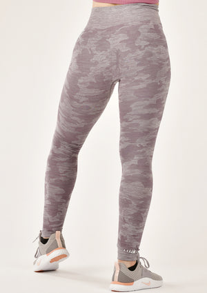 Ultimate Camo Purple Leggings