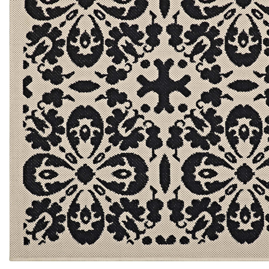 Ariana Vintage Floral Trellis 5x8 Indoor and Outdoor Area Rug in Black and Beige