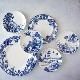 WILLIAMSBURG COLLECTION - TOILE TALES DINNER PLATE