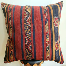 Load image into Gallery viewer, Berber Wool Pillow - Vintage Moroccan Floor Cushion VKFP074