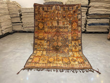Load image into Gallery viewer, Moroccan Berber Rug - Vintage Rug 1