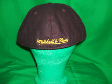 Load image into Gallery viewer, Lakers Wool Low Profile  Mitchell & Ness 1904 fitted Hat