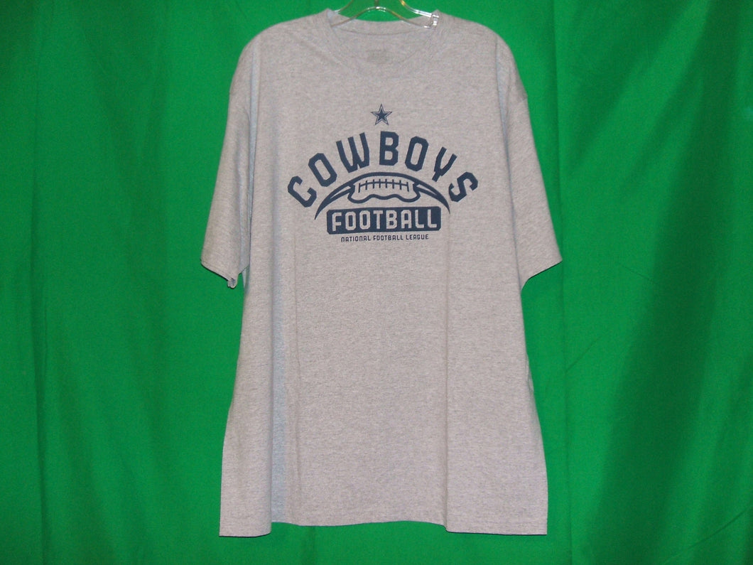 NFL Dallas Cowboys Reebok Practice with Football logo * T-Shirt