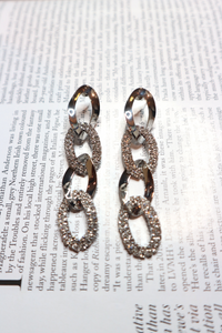 Silver chain link earrings