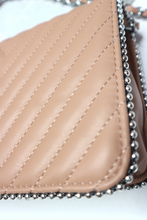 Load image into Gallery viewer, Nude quilted shoulder bag