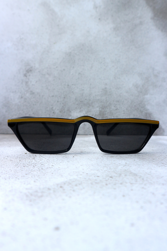 Black & yellow stripe sunglasses