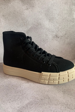 Load image into Gallery viewer, Black canvas high top trainers