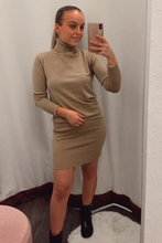 Load image into Gallery viewer, Camel ribbed dress