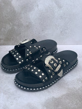 Load image into Gallery viewer, Black studded buckle sandals