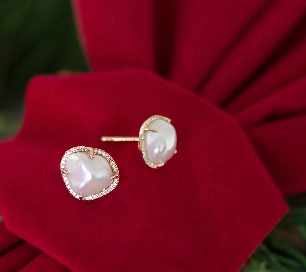 Pearl Diamond Stud Earrings - Yellow Gold