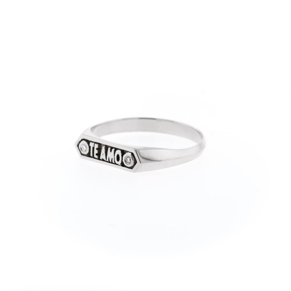 Custom Plaque Te Amo Ring