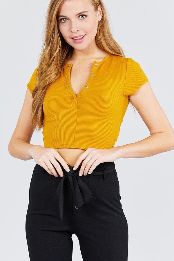 Short Sleeve Open Neck W/snap Button Detail Rayon Spandex Heavy Rib Crop Knit Top demochatbot