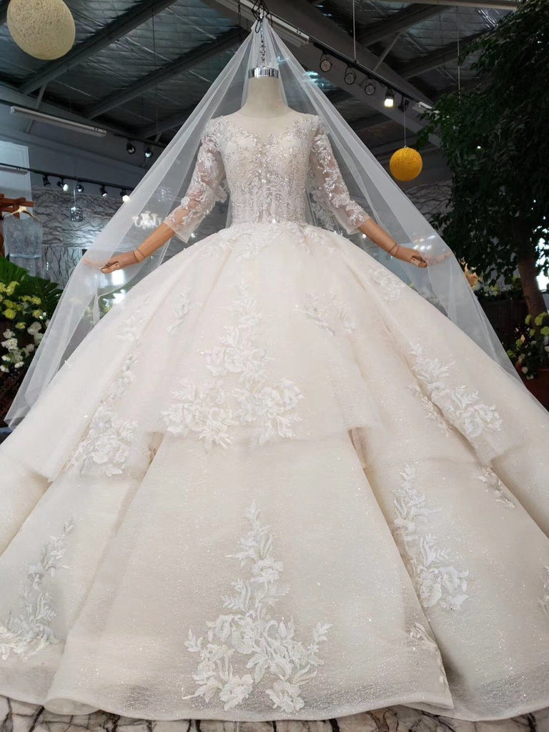 Princess Scoop Two Layers Ball Gown Wedding Dresses 3/4 Sleeves Wedding Gowns