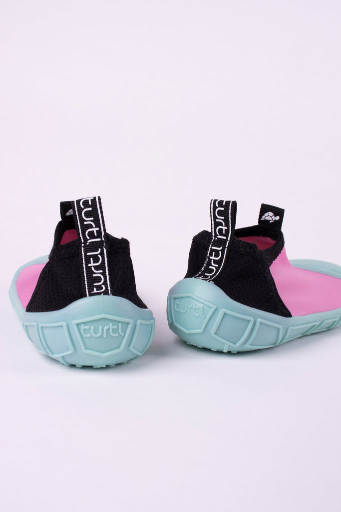 aqua shoes in pink