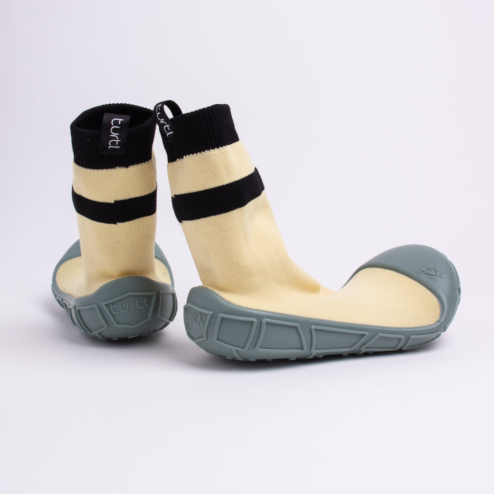 socks in a shell for kids in yellow