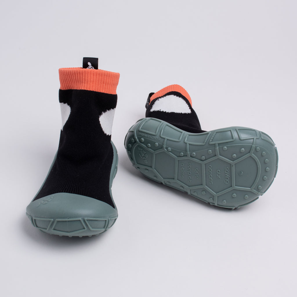 socks in a shell for tots in black