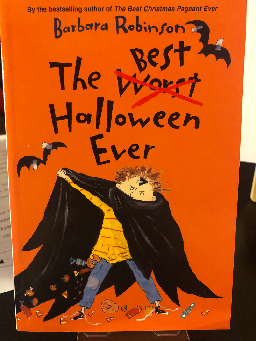 The Best Halloween Ever    by Barbara Robinson    (The Herdmans #3)