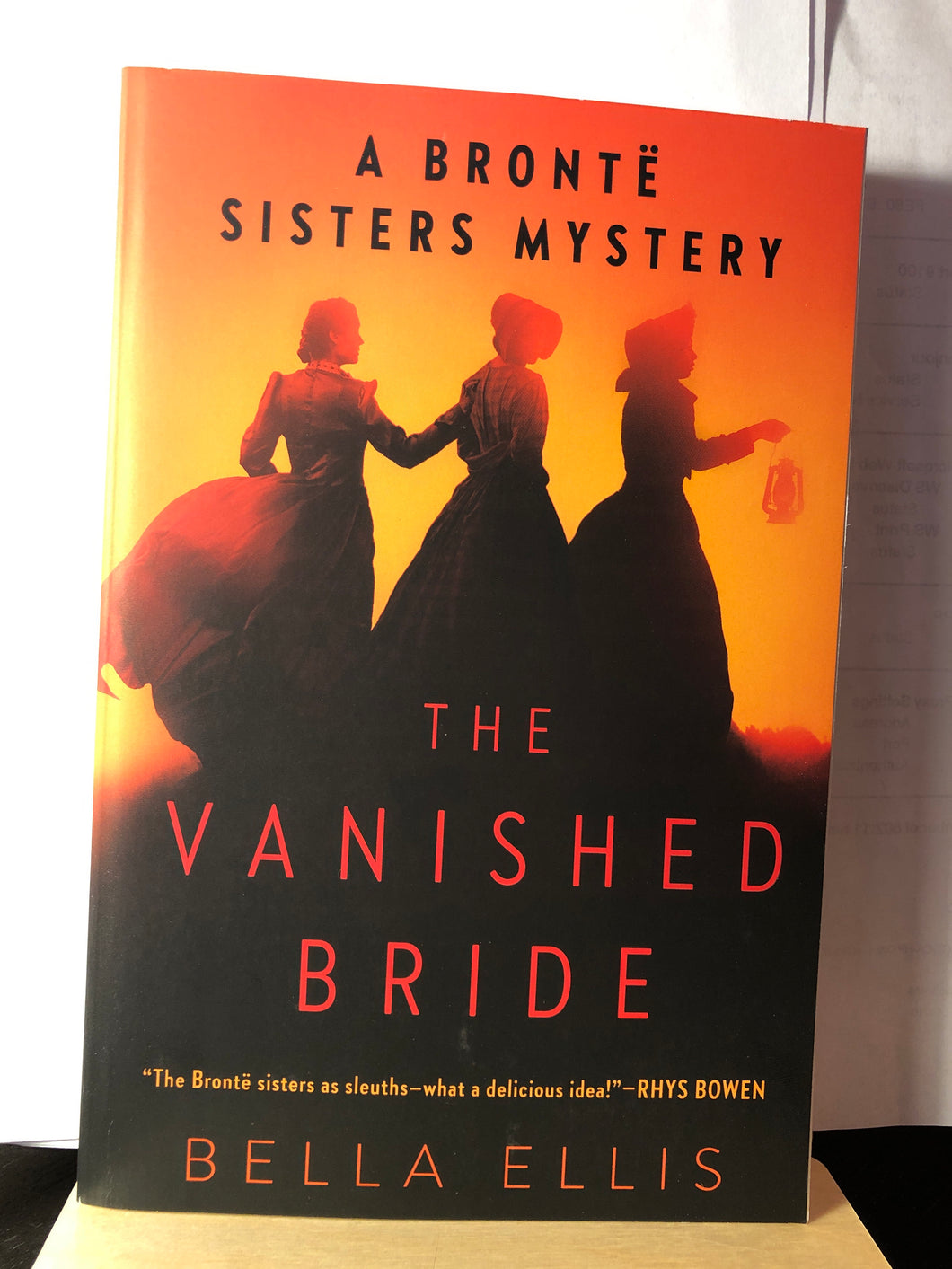 The Vanished Bride    by Bella Ellis      ( Brontë Sisters Mystery #1 )