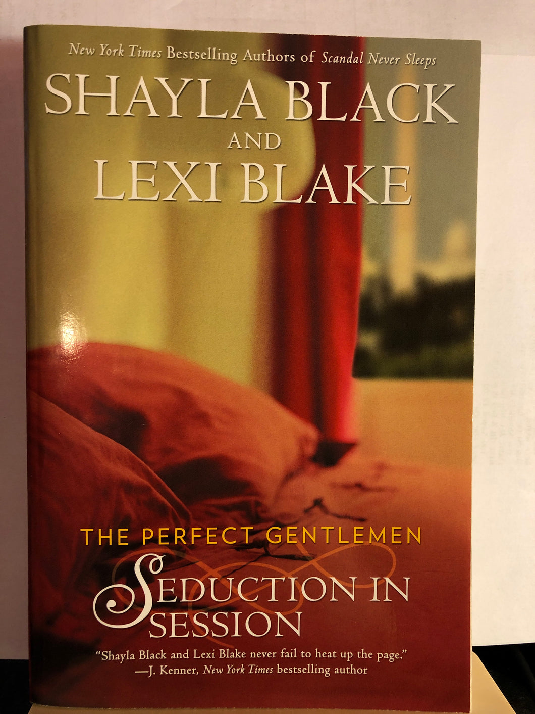 Seduction in Session     by Shayla Black, Lexi Blake      (The Perfect Gentlemen #2)