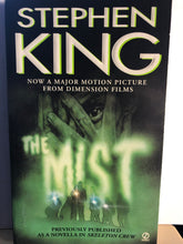 Load image into Gallery viewer, The Mist      by Stephen King