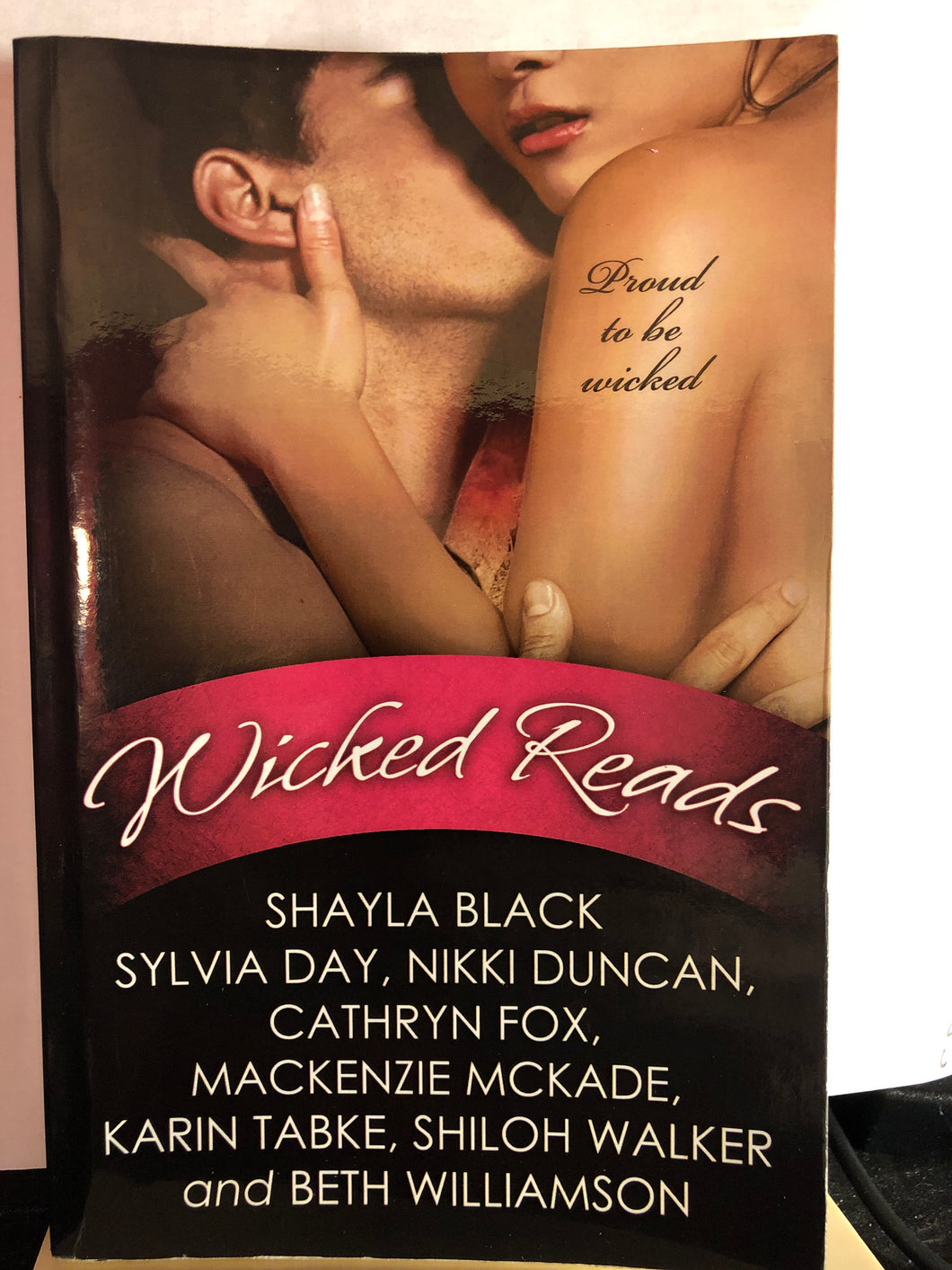 Wicked Reads       (The Hunters )   Multiple Authors