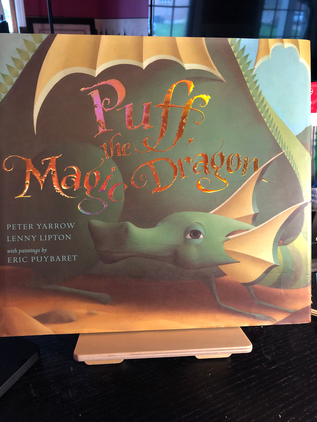 Puff the Magic Dragon  by Peter Yarrow & Lenny Lipton  Picture Book