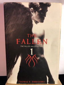The Fallen and Leviathan   by Thomas E. Sniegoski   (The Fallen #1)