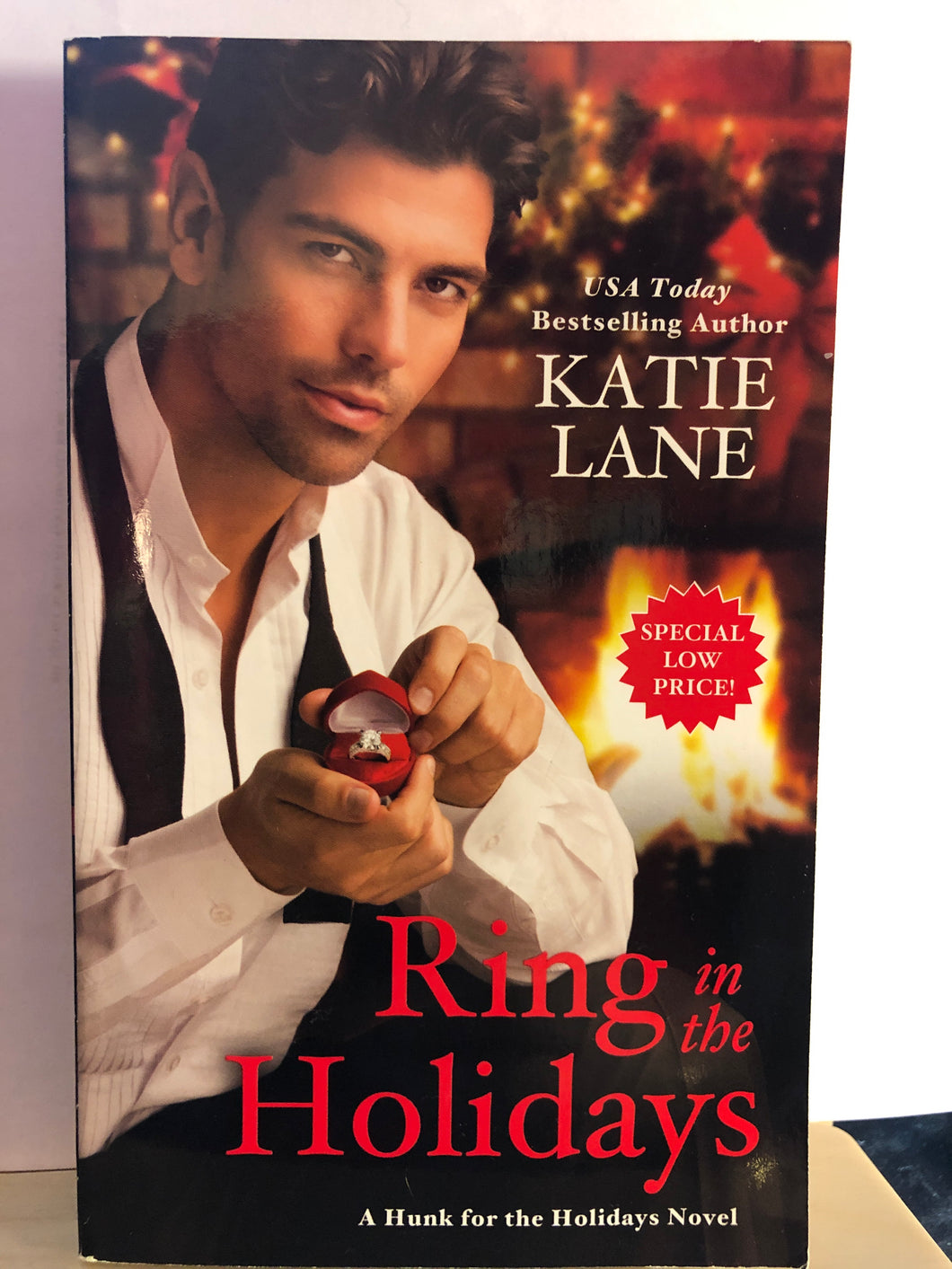 Ring in the Holidays   by Katie Lane   (Hunk for the Holidays #2)