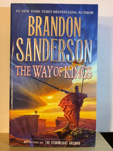 The Way of Kings   by Brandon Sanderson    (The Stormlight Archive #1)   paperback