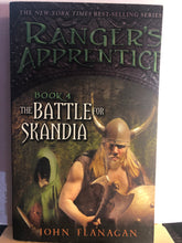 Load image into Gallery viewer, The Battle for Skandia  by John Flanagan  (Ranger's Apprentice #4)