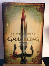 Load image into Gallery viewer, Graceling   by Kristin Cashore   (Graceling  Realm#1)