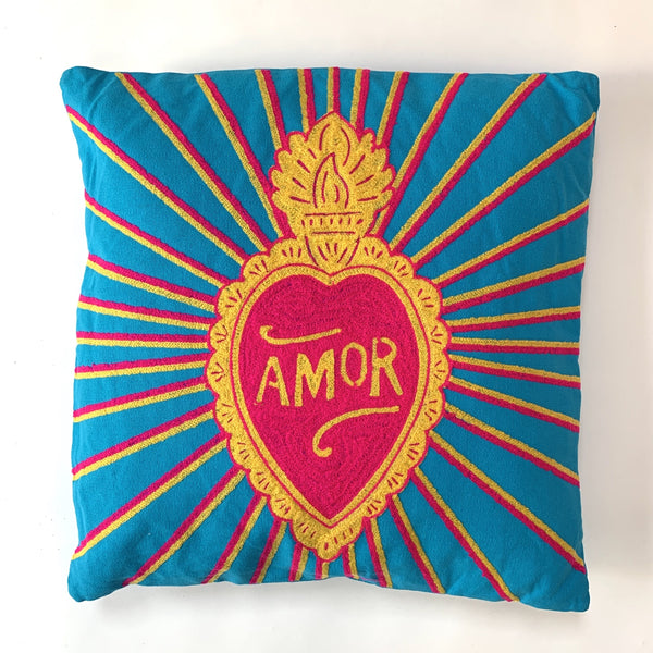 Kitsch kitchen amour cushion sacred heart .jpg