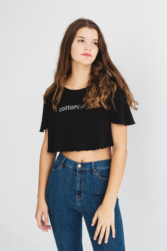 CROP TOP BALLER TEE - cottonjunkies