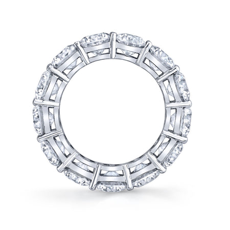 Brilliant Round Cut Eternity Band in Platinum