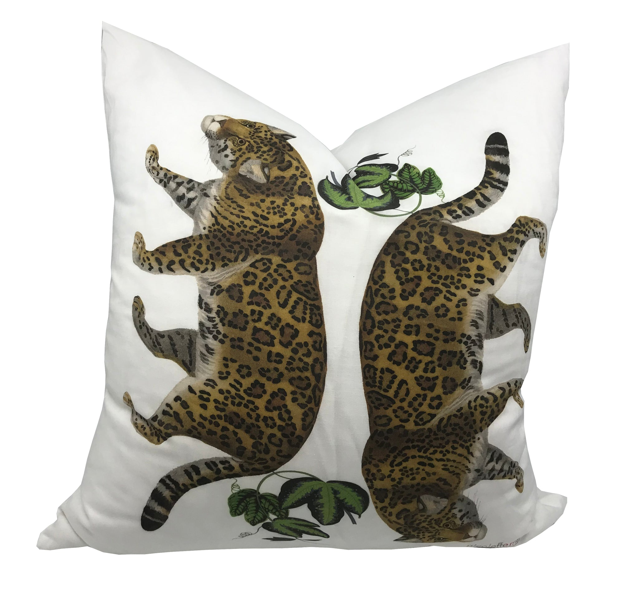 "LEOPARD MODERN ACCENT THROW PILLOW 22""x22"" - nicolettemayer.shop"