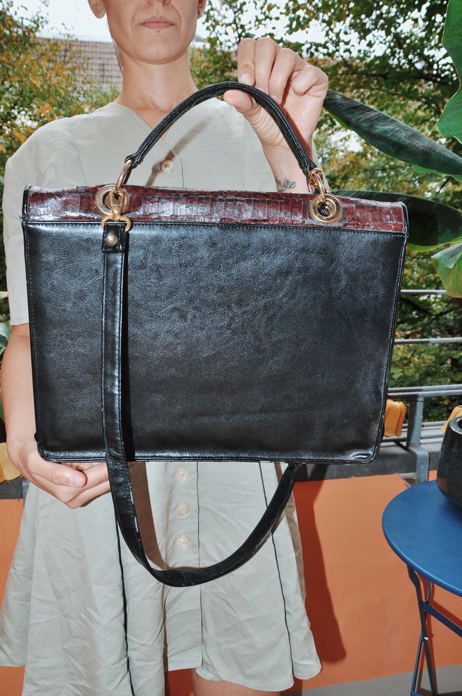 Load image into Gallery viewer, Vintage Leather Shoulder Bag