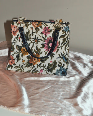 Load image into Gallery viewer, Vintage Floral Tapestry Top Handel Bag/Purse