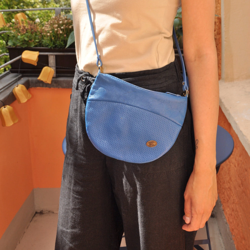 Vintage-Riccardo Ferducci- Cross Body- Bag in Blue - Goodleafvintage